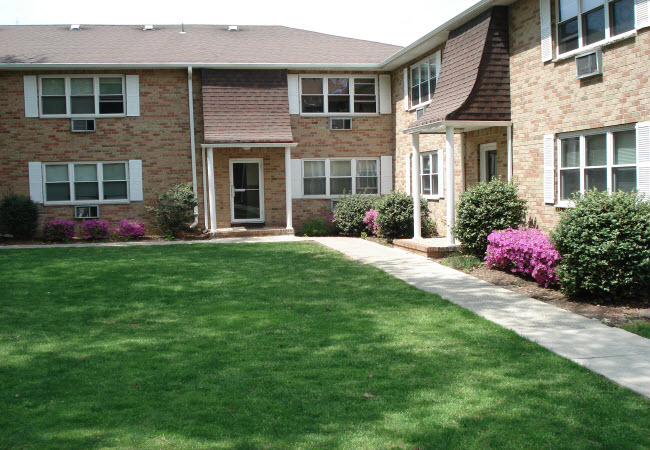 Hillside Gardens l Garden Apartment l Morris County l Melar Management